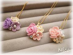 mieです私の作品の中で、繊細なレース糸を使った小さなお花のアクセサリーのシリーズをFlowergarden(お花畑)シリーズと名付けているのですが、新し...