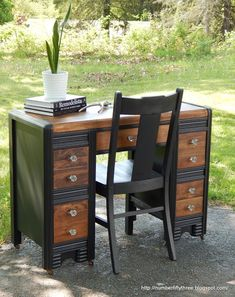 Vintage China painted stained waterfall desk, painted furniture, ponds water features - First of all, I think the transformation is just awesome! I love that I was able to stain parts of it since the wood grain was so intricate. Secondly, I haven't… Desk Redo, Desk Makeover, Furniture Makeover, Diy Desk, Paint Furniture, Furniture Projects, Furniture Websites, Furniture Refinishing, Furniture Removal