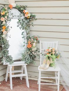 7 Noble Clever Tips: Winter Wedding Flowers Neutral wedding flowers red gold.Wedding Flowers Arrangements With Candles wedding flowers teal turquoise. Country Wedding Flowers, Neutral Wedding Flowers, Winter Wedding Flowers, Summer Wedding, Wedding Flower Arrangements, Flower Bouquet Wedding, Wedding Flower Inspiration, Orange Wedding, Gold Wedding