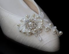 Lace Shoe Clip,Wedding Shoe Clip,Bridal Shoe Clip,Diamante Shoe Clip,Shoe Clip,Pearl Shoe Clip, Hand Made with Swarovski  Pearls