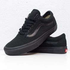 For this summer my new VANS Old School Black