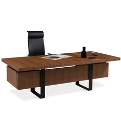 Gazel Executive Office Desks offer a simple yet subime design with elegant lines. Gazel Wooden Office Desk is ideal for management, directors or professionals wishing to experience a top quality modern office desk. Executive Office Furniture, Executive Room, Modern Office Desk, Office Desks, Office Interior Design, Office Interiors, Interior Ideas, Design Corporativo, Simple Desk