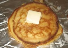 Traditional Swedish Pancakes - I've tried three recipes and these turned out the best. Swedish Pancakes, Pancakes Easy, Pancakes And Waffles, Banana Pancakes, Breakfast Items, Breakfast Recipes, Pancake Recipes, Griddle Recipes, Mexican Breakfast