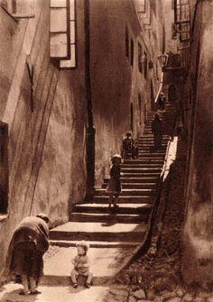 (34) Twitter Photography Illustration, Vintage Photography, Art Photography, Warsaw Poland, Old Street, Krakow, Urban Planning, Postmodernism, Brutalist