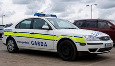 Staying Safe in Ireland Countries To Visit, Emergency Vehicles, Police Cars, Board Ideas, Law Enforcement, Great Britain, Ems, Irish, Ford
