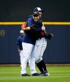 Chris Capuano, MIL/Ichiro Suzuki, MIA - former teammates with the Yankees//April 30, 2016