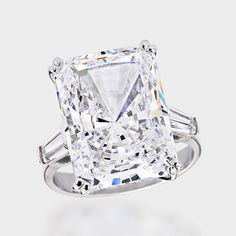 15.0 Ct. Radiant Cut  Baguette Solitaire  14K Ring