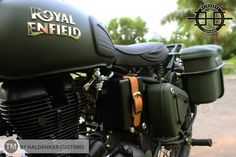 Encode Royal Enfield Classic 350 - Its a Royal Enfield Classic 350 made with precised work paying tribute to Indian Army and our brave soldiers