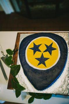 Nashville Predators groom's cake #cedarwoodweddings Julie+Jeff Details :: 04.16.16 | Cedarwood Weddings