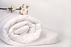Wrap up warm in our White & Hungarian Goose Down Duvets. Our Goose Feather & Down Duvets are some of the best choices in Luxury Duvets. Silk Bed Sheets, King Bed Linen, Goose Down Pillows, Down Quilt, Superking Bed, Cotton Plant, Dust Mites, Quilt Cover, Linen Bedding