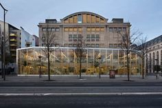 LA HALLE AUX FARiNES : KOZ architectes