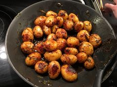 Rosmarinkartoffeln - New Site Hamburger Meat Recipes, Pork Chop Recipes, Salmon Recipes, Potato Recipes, Lunch Recipes, Vegetable Recipes, Mushroom Recipes, Sausage Recipes, Vegetarian Recipes