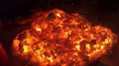I am soooo doing this!!! Fake fire Halloween prop! Picture of Burning Embers Halloween prop