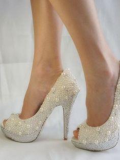 Свадебные туфли 2016 года: фото белых свадебных туфель