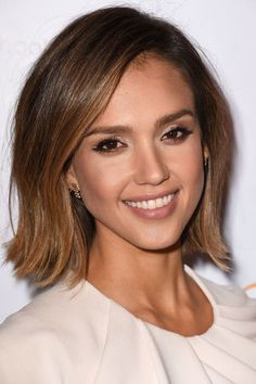 The 15 hottest haircuts for summer 2015: Jessica Alba's chin-length haircut.
