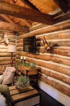 #Dreambuilders designer Erinn' re-designed #livingroom. #design #renovation #homeimprovement #TeamRed
