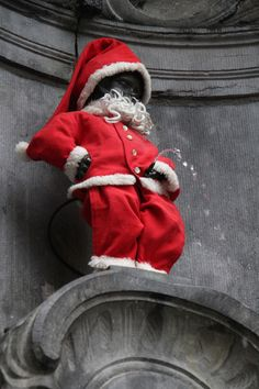 La Noël de Manneken-Pis   Manneken-Pis