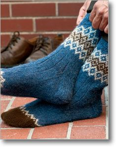 The different types of colors, textures and designs used in knitting socks vary, but you'll be completely satisfied with the sock knitting pattern, Border Socks by Mary Jane Mucklestone. Socks Free Knitting Patterns You Have to Knit Knitting Patterns Free, Knit Patterns, Free Knitting, Knitting Tutorials, Stitch Patterns, Knitted Socks Free Pattern, Knitting Machine, Vintage Knitting, Fair Isle Knitting