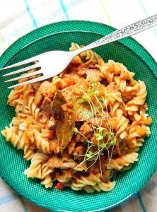 Krémový kuskus s brokolicou Ravioli, Ethnic Recipes, Food, Ambulance, Diet, Essen, Yemek, Meals