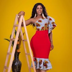 afrikanische hochzeiten African print dress coined from quality fabric and mixed with plain bodycon fabric. Available as custom order or in size. Please attach shoulder an African Fashion Ankara, Latest African Fashion Dresses, African Dresses For Women, African Print Fashion, Africa Fashion, African Attire, African Wear, African Style, African Women
