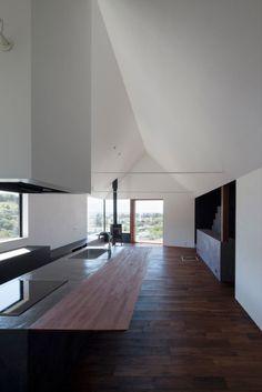 Two-Volume-Birds-Nest-House-CUBO-design-architect-8-600x899.jpg (600×899)