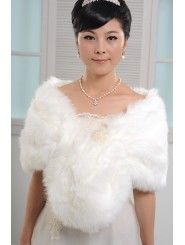 Online shopping store for wedding wraps from Canada. We offer a wide range of the lastest style and quality wedding wraps, wedding wraps for your wedding day now! Wrap Wedding Dress, Wedding Wraps, Party Wedding, Wedding Dresses Australia, Bridal Accessories, Dress Collection, Elegant Wedding, Wedding Jewelry, Faux Fur