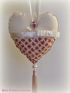 Que Fofura Artes: Coração em Tecido com Pingente de Seda