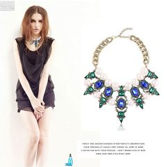 Fashion Jewelry Crystal Rhinestone Rivet Metal Collar Necklace Spike Choker