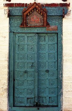 Carved wood door - Jaisalmer, India {Gorgeous!} Original photo source: unknown