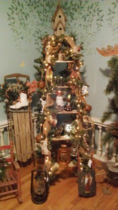 ladder Christmas tree Western Christmas Tree, Ladder Christmas Tree, Unique Christmas Trees, Cowboy Christmas, Country Christmas, Christmas 2017, Christmas Projects, Christmas Themes, Winter Christmas
