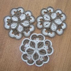 Starburst Hotpad Crochet pattern - free on ravelry
