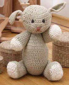 2000 Free Amigurumi Patterns: Sir Stephen, the Bunny