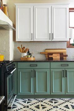 Chalk Paint Kitchen Cabinet Makeover