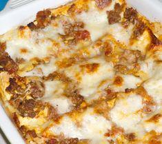 Cheeseburgers, Pinot Noir, Hawaiian Pizza, Lasagna, Thanksgiving, Pasta, Food, Lasagne, Thanksgiving Tree