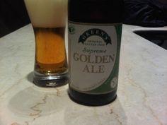 Cerveja Green's Supreme Golden Ale, estilo Belgian Blond Ale, produzida por Green's, Bélgica. 4.8% ABV de álcool.
