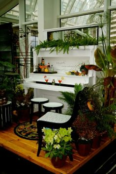 Awesome and Creative Ideas How To Repurpose Old Pianos