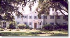 Rice Hope Plantation in Berkley County, SC. A great historic inn in the heart of plantation country.