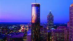 The Sun Dial at the Westin Peachtree Plaza, Atlanta, GA - the hotel towers above downtown with a tri-level revolving view, bar and dining complex on top, with a panorama view of the Atlanta skyline. Atlanta Hotels, Visit Atlanta, Atlanta Wedding Venues, Atlanta Skyline, Georgie, Georgia Aquarium, Cool Restaurant, Ga In, Plaza Hotel