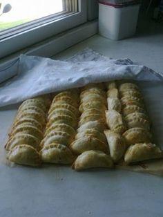 Suolaiset pasteijat - Gluteeniton leivonta - Vuodatus.net