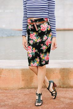 striped cropped sweater and floral pencil skirt // mixing patterns makes for a fun fall combo #styling #mismatched