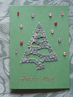 carte de voeux en dentelle aux fuseaux Bobbin Lace, Tatting, Holiday, Christmas, Creations, Brooch, Xmas, Apple Roses, Bobbin Lacemaking