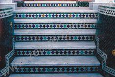 40 Idees De Escalier En Zellige Zellige Escalier Carrelage Salle De Bain