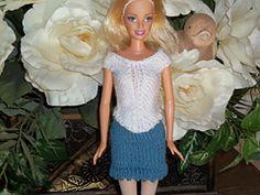 Ravelry: #0425 White Top & Grey Skirt pattern by stickatillbarbie.se