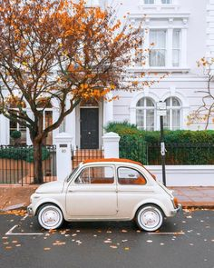 Fiat 500, Retro Cars, Vintage Cars, Vintage Phones, Cute Cars, Small Cars, Aesthetic Vintage, Future Car, Car Wallpapers