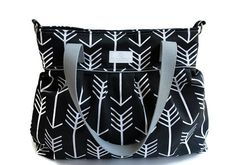 SALE XL Black Arrow Diaper Bag - Stroller Bag - Bags and Purses - Baby Bag - Includes Messenger & Stroller Straps Black Diaper Bag, Large Diaper Bags, Baby Diaper Bags, Diaper Storage, Cotton Diapers, Stroller Bag, Changing Bag, Baby Necessities, Mommy Style