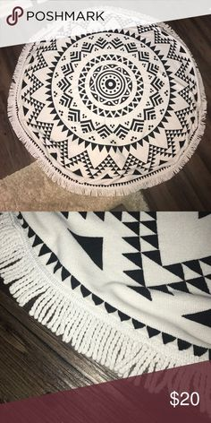 Circular Beach Pool Towel | Black & White Design + Used & washed 1x | excellent condition + 5 foot diameter  + Circular beach towel 🌊🌴 + Black & white design on front only + Smoke free and pet free home 🏡  ✨ If you would like any additional photos or if you have any questions... please let me know! Accessories