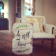 WOOD SIGNBOARD - BE STILL AND KNOW - Smallwoods