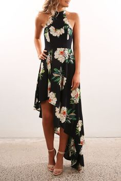 Outstanding maxi dresses are readily available on our website. look at this and you wont be sorry you did. Short Beach Dresses, Cheap Maxi Dresses, Backless Maxi Dresses, White Maxi Dresses, Floral Maxi Dress, Boho Dress, Cute Dresses, Dress Vestidos, Vestido Casual