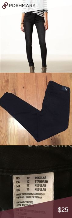 AEO Super Soft Jegging 12R American Eagle Outfitters Super Soft Jegging. Washed black. 12R. Excellent condition. American Eagle Outfitters Jeans