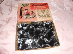 Vintage 1960's Boxed Set of 12 Old Fashioned Cookie Cutters Made in USA http://americantraditioncookiecutters.com/